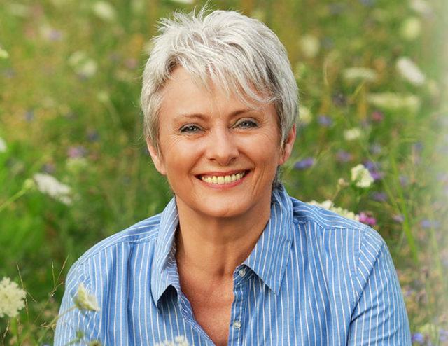 How to Meet Single Women Over 50 | SilverSingles