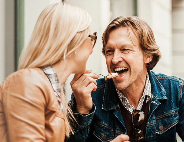 How to Meet Women: Top Tips for Over 50s Singles