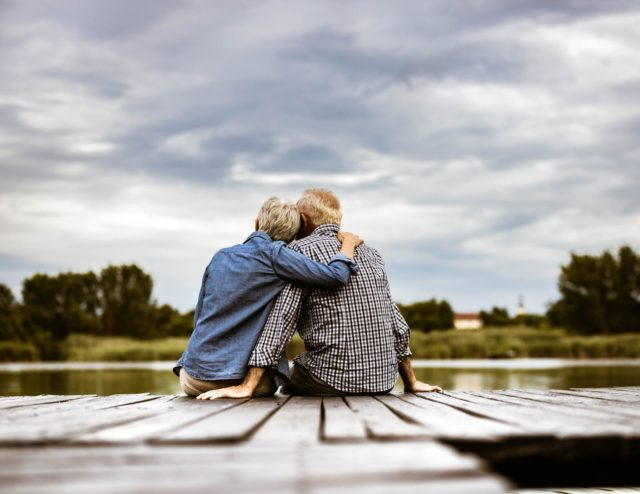 Dating a Widower: 5 Things You Should Know