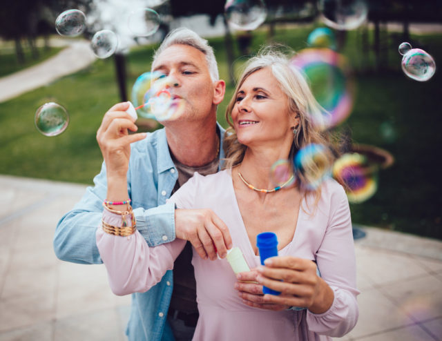 Dating After 50: 6 Do's and Don'ts
